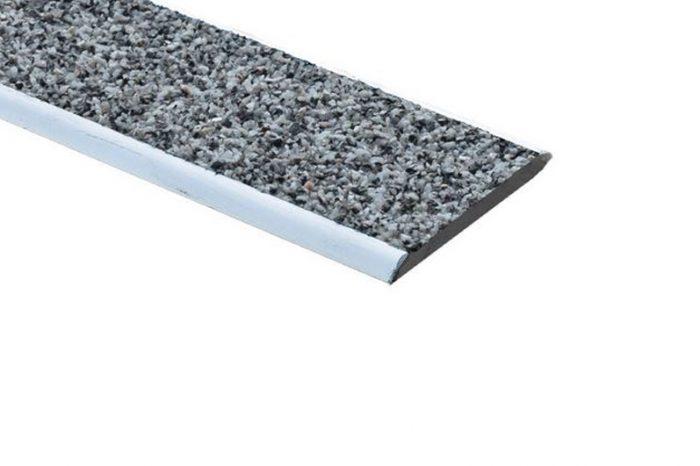nez de marche aluminium plat PX40