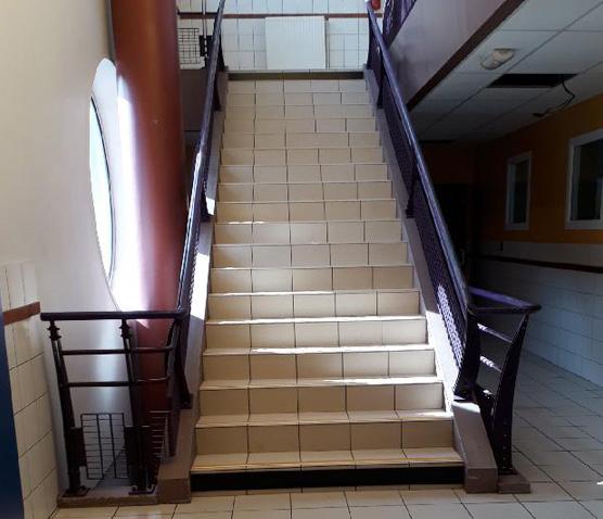 mise en accessibilité de l'escalier